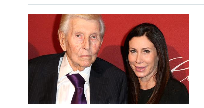 Sumner Redstone paid millions to mistresses and others who gave him 'sexual favors,' legal filing says